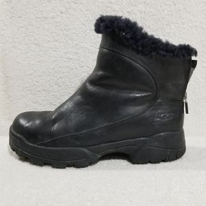 UGG leather black boots with zipper on back